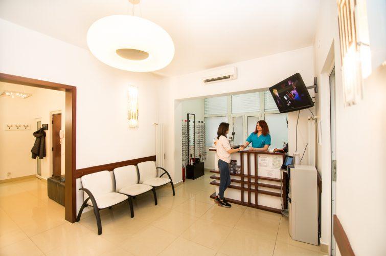 contact clinica I Care Optic